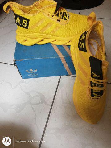 Tênis Adidas - Foto 3