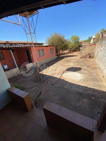 Casa  com 3 quartos - Bairro Jardim Novo Mundo em Goiânia - Foto 3
