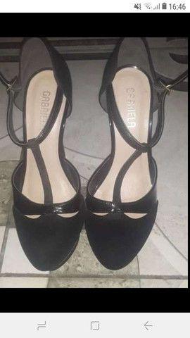 Sapato alto da marca Gabriela