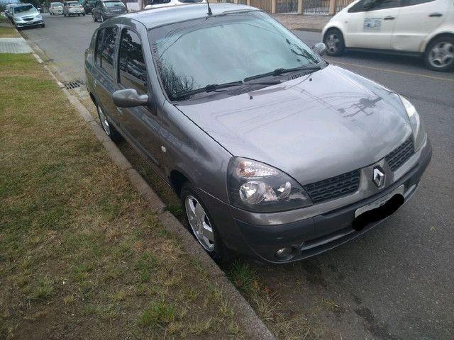 Clio Sedan 1.6 Completo - Foto 10