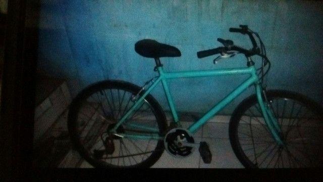 Vendo bike  o preço 250 semi nova