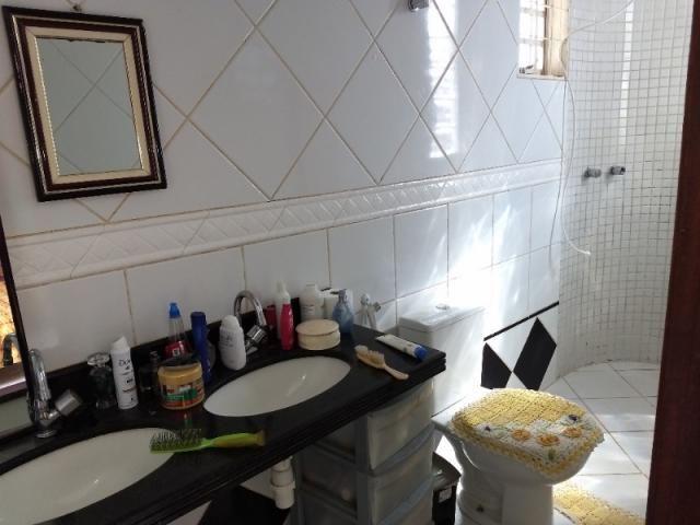 Sobrado 4 quartos Goiânia 2 - Foto 12