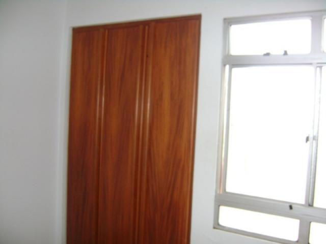 Apartamento 2 quartos 2 banheiros 2 garagem - Foto 4