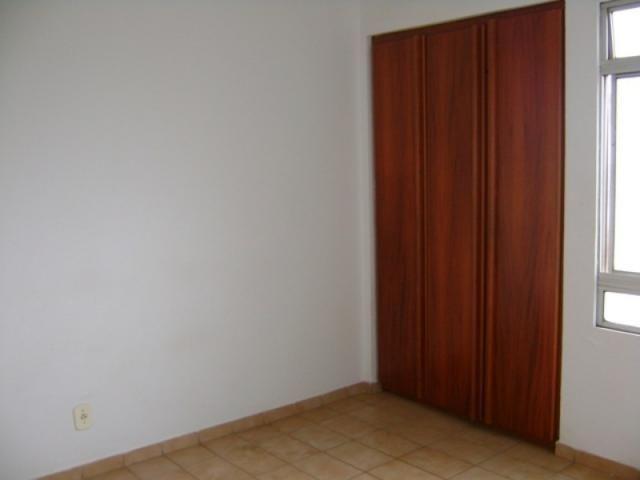 Apartamento 2 quartos 2 banheiros 2 garagem - Foto 5