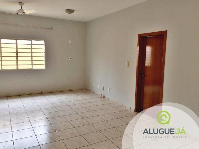 Casa de 4 quartos, residencial ou comercial, no Jardim Itália, em Cuiabá-MT. - Foto 11