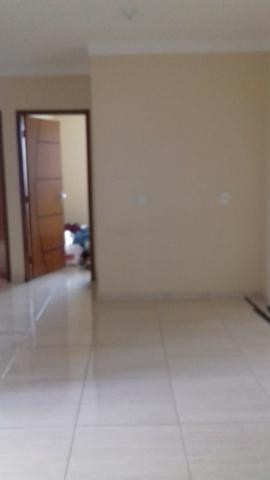 Ótima prédio, com 03 lojas e 04 apartamentos na avenida potiguar, de esquina - Foto 3