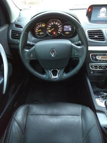 Renault Fluence Dynamic - Foto 9