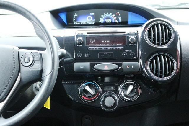 Toyota Etios Hatch XS 1.5 Flex 2017 - Foto 15