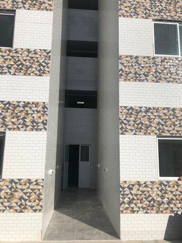 Apartamento com 02 quartos, 01 suite e 46m², bem localizado em Muçumagro - Foto 2