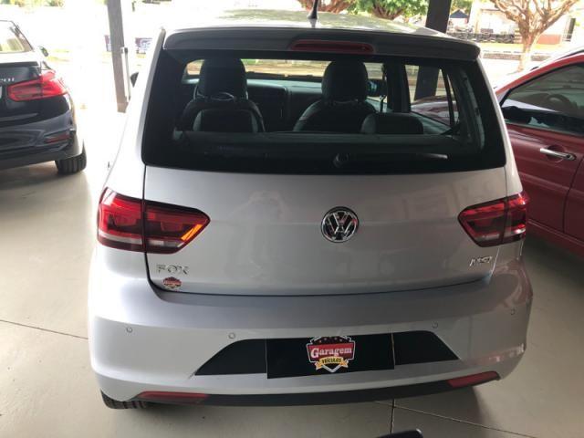 Volkswagen Fox  1.6 MSI Rock in Rio (Flex) FLEX MANUAL - Foto 3