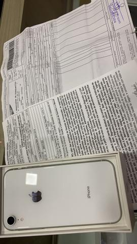 IPhone XR completo com nota e garantia