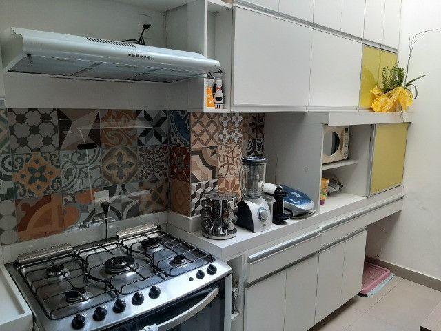 Alugo Casa Triplex 4 quartos em rua familiar no Rio Comprido - Foto 4