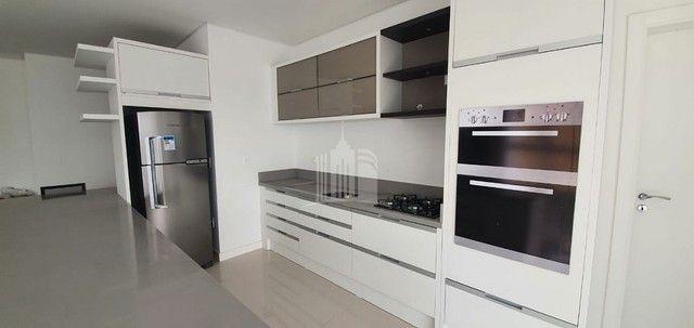 Apartamento Novo Mobiliado com amplo Living - Foto 9