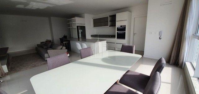Apartamento Novo Mobiliado com amplo Living - Foto 7