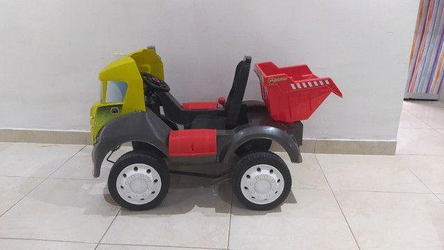 Caminhão caçamba Brutus de pedal - Foto 5