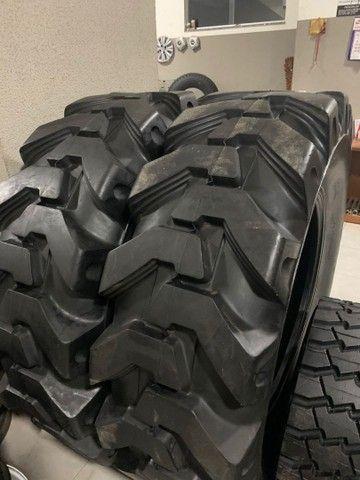 Vendo pneu 16.9x28 novo 12 lonas
