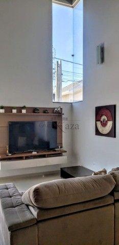 Casa / Condomínio - Loteamento Villa Branca - Locação - - Foto 6