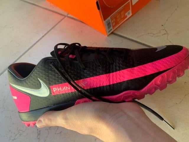 Chuteira Nike Phantom - Foto 5