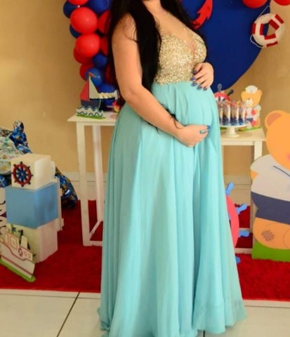 Vestido de festa azul serenite
