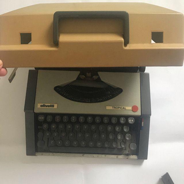 Máquina de datilografia antiga - Foto 2