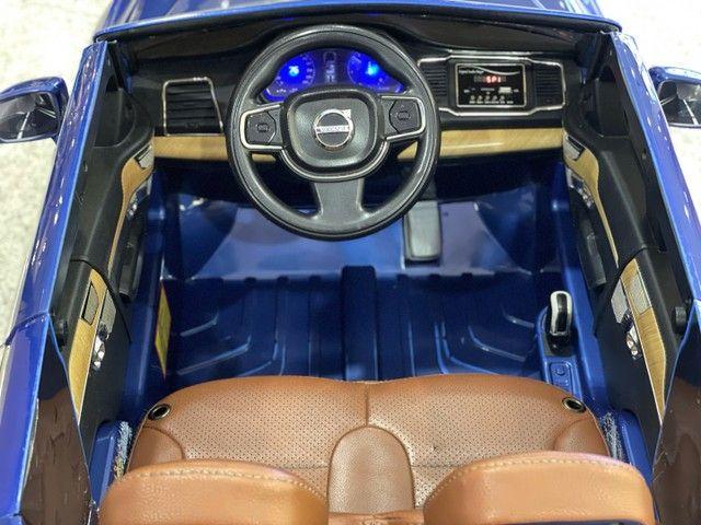 Carrinho elétrico 12v volvo azul - Foto 2