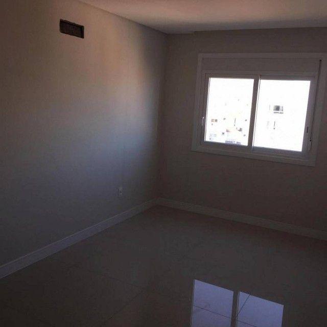 Apartamento Novo em Capão da Canoa - 2 Dormitórios - Box - Foto 10