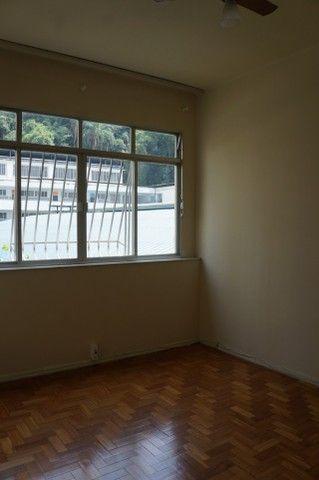 Apartamento Rua Miguel de Frias ao lado Colégio São Vicente - Foto 5