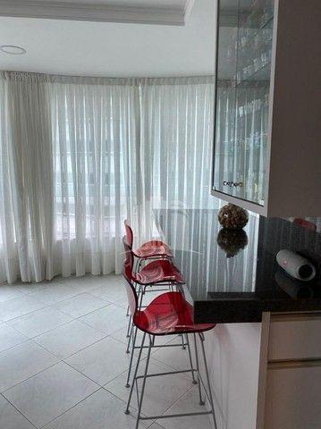 Lindo Apartamento com Ampla Sacada e Vista para o Mar na Barra Sul - Foto 11