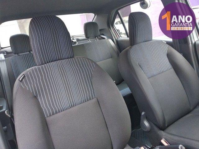 Renault Logan Life 1.0 12V SCe (Flex) - Foto 8