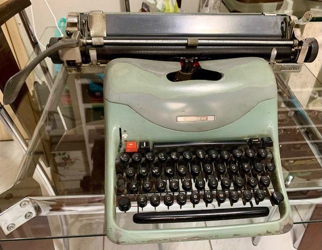 Máquina de Escrever Lexikon 80