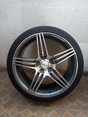 Rodas aro 20 com pneus meia vida  - Foto 3