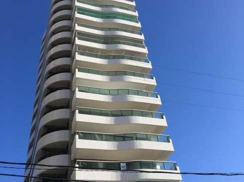 Apartamento 4 quartos no bairro de Petrópolis, andar alto, Res. Terrazzo Potengi. 200 M²