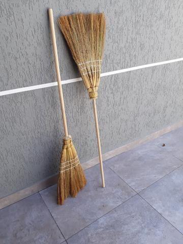 Vassouras Palha(10,00)