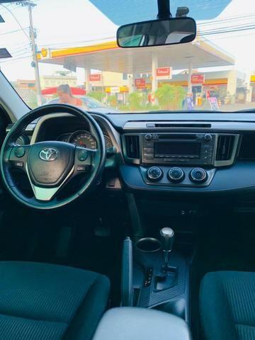 Toyota Rav4 aut. 4x2 , Estado Único ,50000km revisada Toyota 13/13 !!!!!! - Foto 6