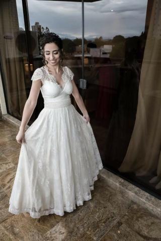 Vestido de noiva off-white com renda - Foto 3
