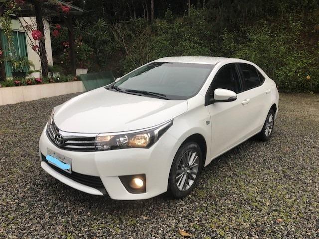 Super Conservado Toyota Corolla