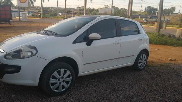 Fiat Punto 1.4 attractive ano 2012/2013 - Foto 3