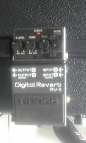 Boss Rv 5 pedal reverb top