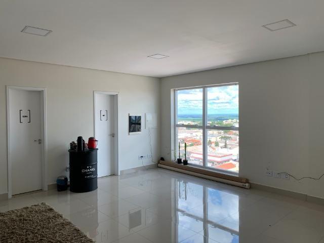 Sala Comercial Condominio Empresarial Win Tower - 80m2 - Arapongas PR - Foto 6
