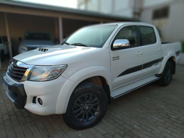 Toyota Hilux LIMITED 2015 IPVA 20 pago