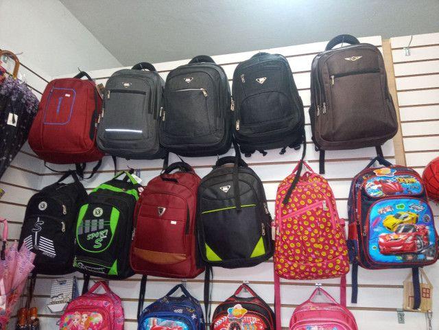 Bolsas é mochilas - Foto 5