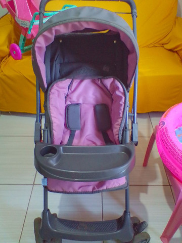Carrinho de bebê menina - Foto 3