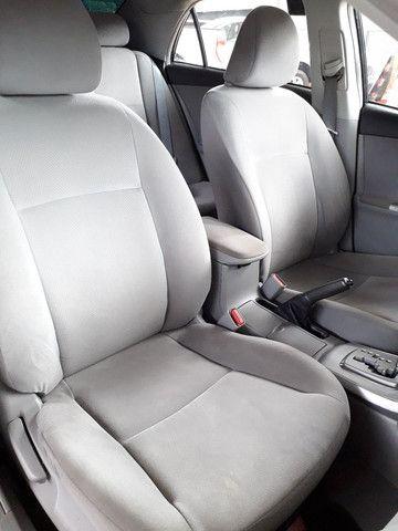 Corolla GLi 1.8 Aut. 2011/2012 - Foto 11