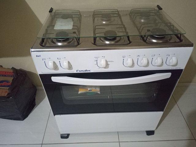 Um fogão 6 bocas semi novo  - Foto 2