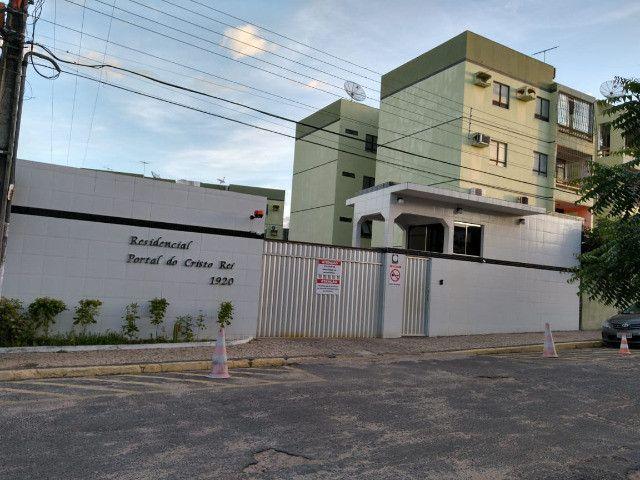 Vendo Apartamento no condomínio Portal do Cristo Rei - Foto 2