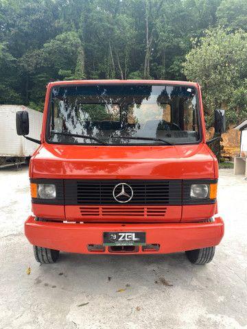 Mb 912 com baú motor zero