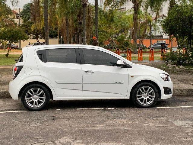 GM Chev Sonic HB 1.6 LTZ Aut 2013 Completo e Sem Dívidas - Foto 2