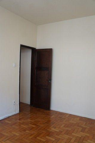 Apartamento Rua Miguel de Frias ao lado Colégio São Vicente - Foto 10