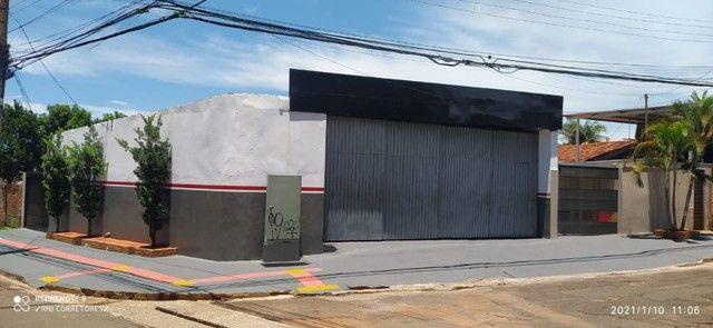 À Venda Residência e Comercio. - Foto 4