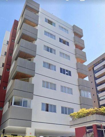 Excelente apartamento na melhor localização da Ponta Verde por apenas 220mil